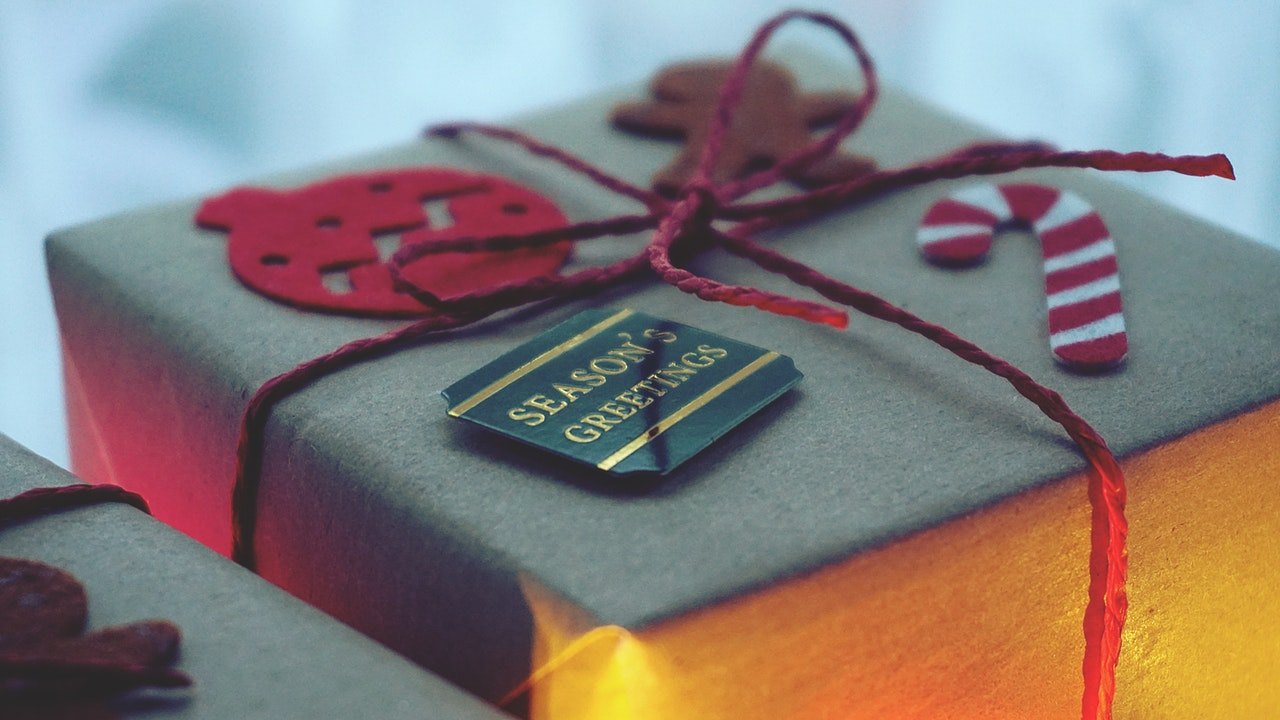 last minute gift ideas that don't involve leaving the house
